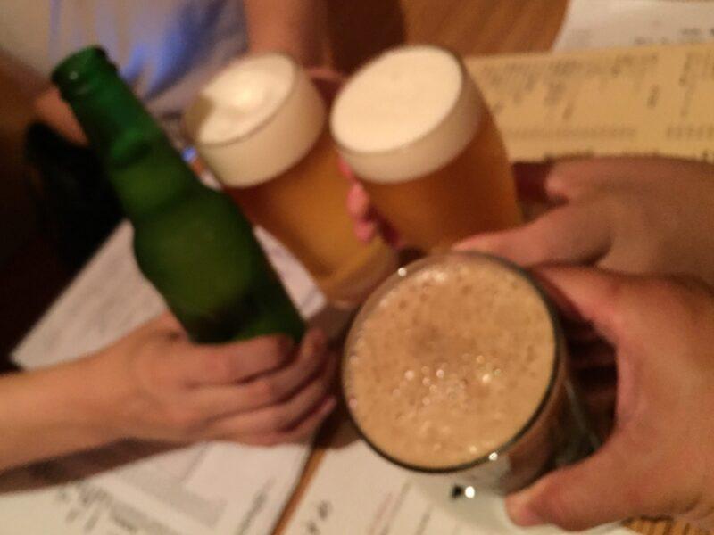 BAR JAH ジャー 秋田県秋田市大町 箕面ビール スタウト 乾杯