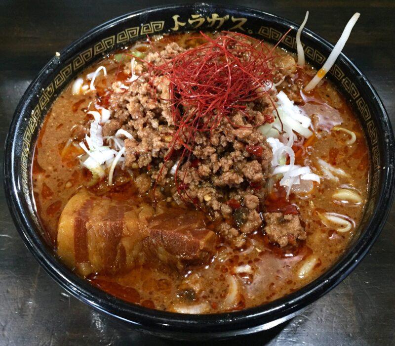 トラガス。 秋田県湯沢市西新町 四川風みそ坦々麺