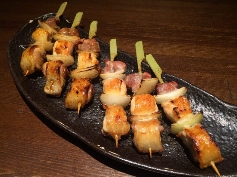 串バカ 我武者羅 秋田県秋田市中通 比内地鶏正肉 タレ 塩