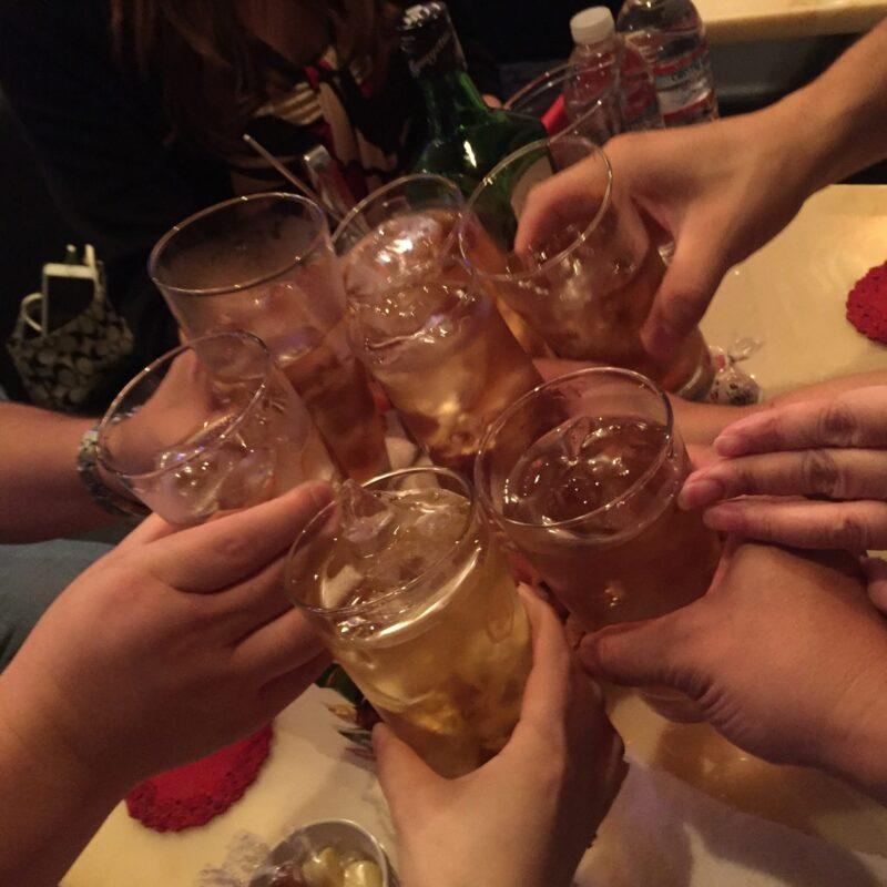 優楽里 秋田県秋田市大町 エルシドビル3階 ウーロンハイ 乾杯