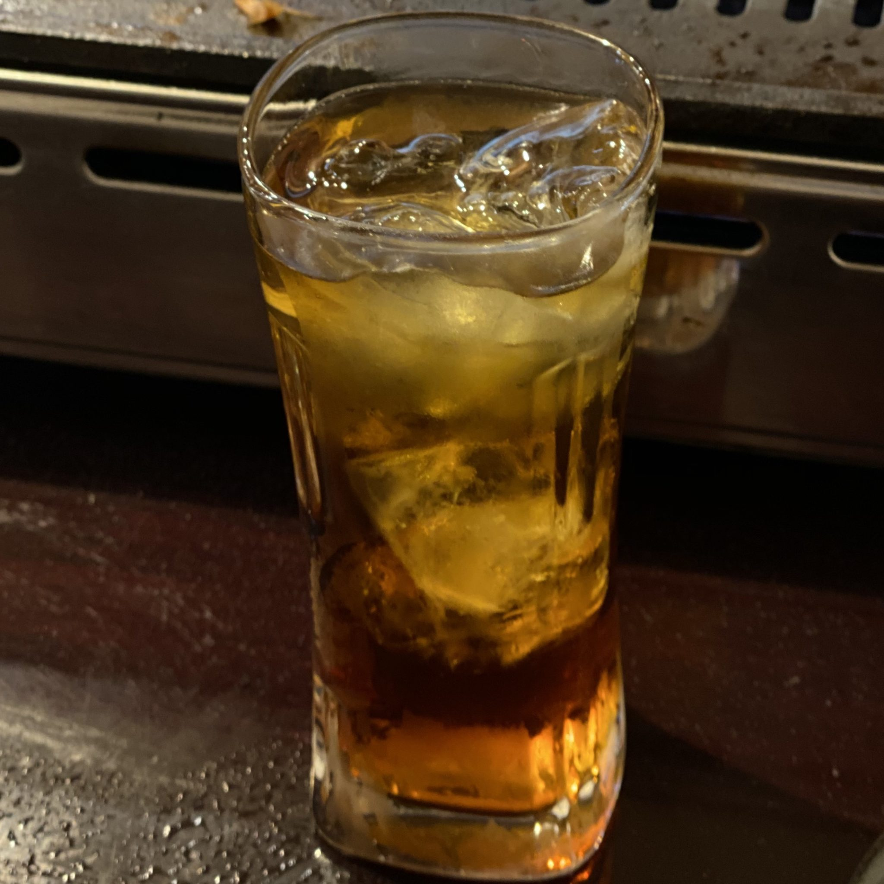 生ホルモンと生ビールの店 多勝 秋田県秋田市新屋朝日町 ウーロンハイ