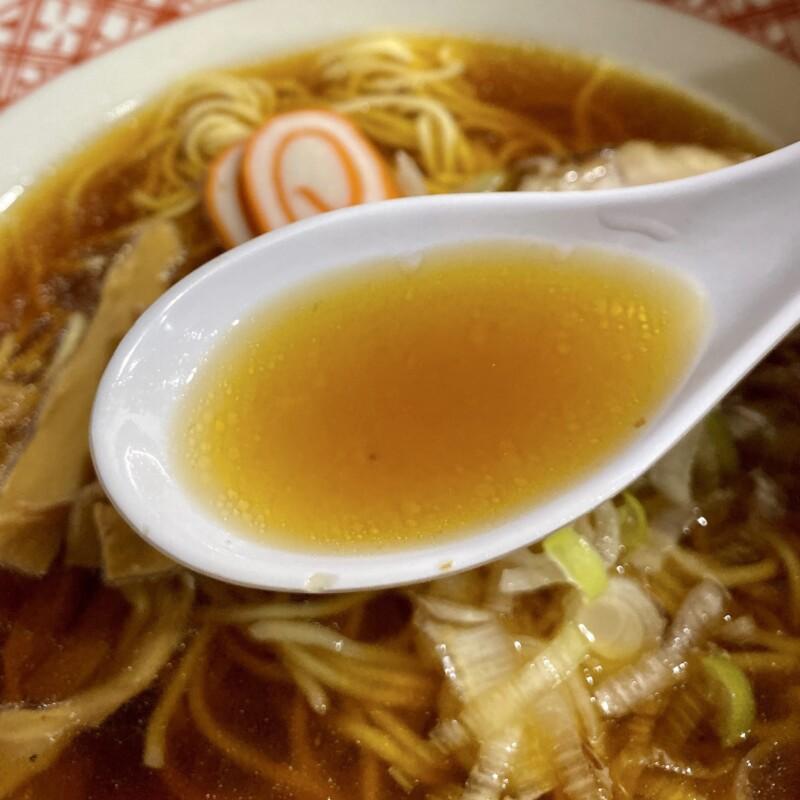 中華そば処 万味 まんみ 石川県金沢市本町 〆ラーメン 中華そば スープ