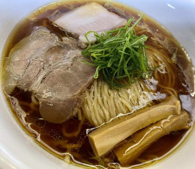柳麺 多むら 能代本店 秋田県能代市花園町 醤油ラーメン 具