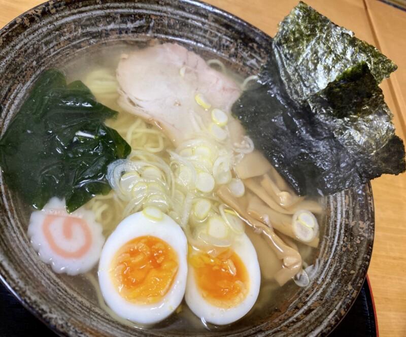 かねだ食堂 金田食堂 秋田県能代市元町 塩魚汁 しょっつるラーメン 具