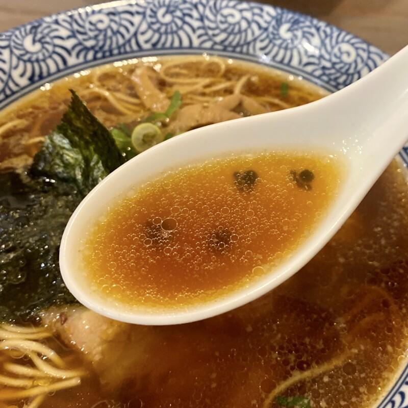 らーめん森や。 神奈川県横浜市栄区長沼町 本郷台 正油らーめん 元味 スープ