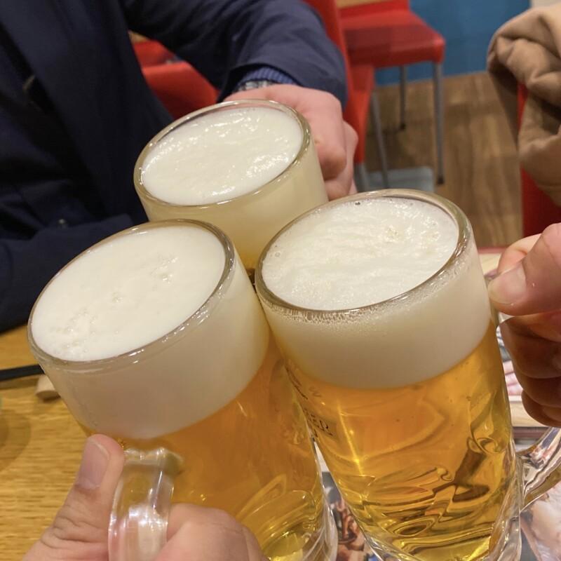 新海 本店 神奈川県横浜市大船 生ビール 乾杯