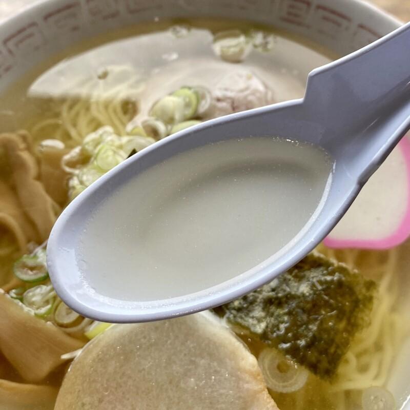 仙岩峠の茶屋 秋田県仙北市田沢湖生保内 しょっつるラーメン スープ