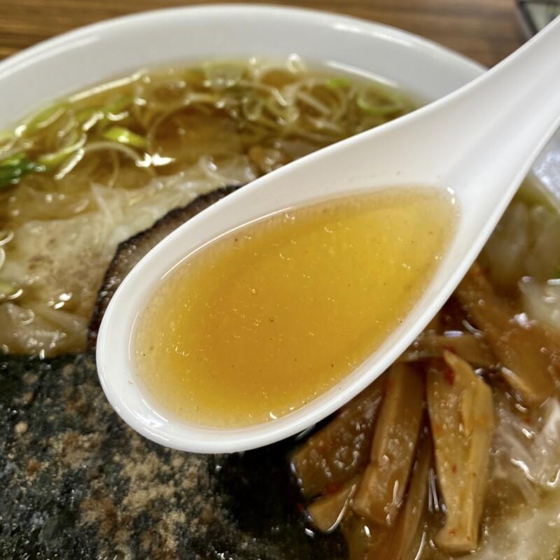 食堂平和 平和食堂 秋田県鹿角市花輪 ワンタンメン 醤油ラーメン スープ
