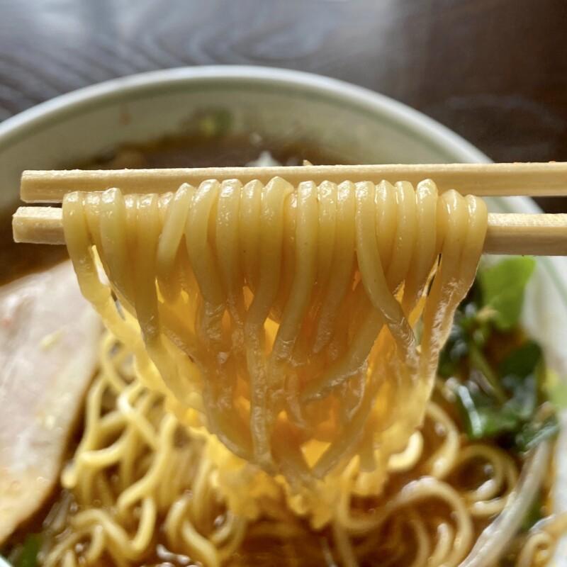 キッチン咲 さき 秋田県能代市二ツ井町 ニラもやし ちょい辛 ピリ辛こがし醤油ラーメン 麺