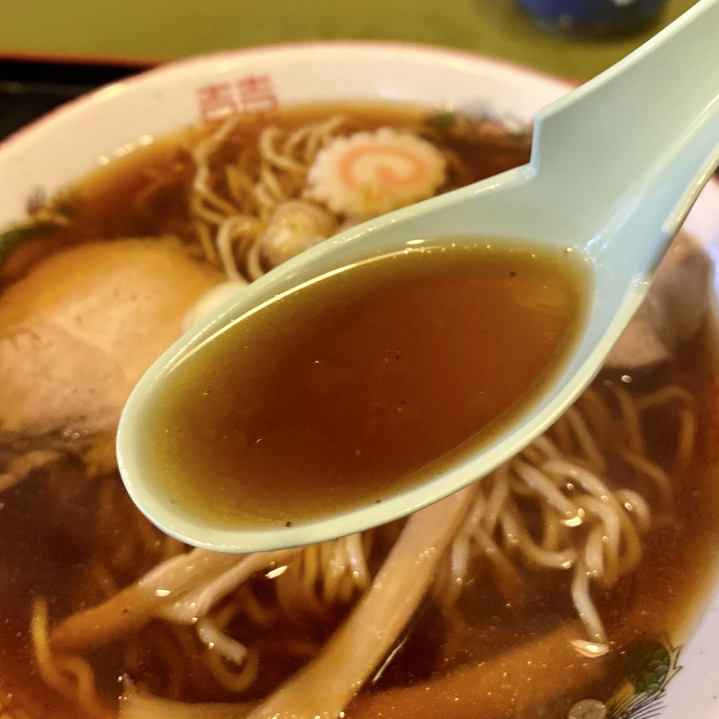 宝むらん 秋田県能代市柳町 ラーメン 醤油ラーメン スープ