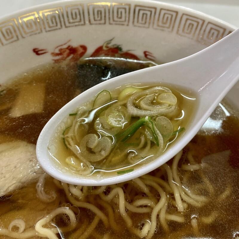 中川食堂 秋田県能代市 しょうゆラーメン 醤油ラーメン スープ ネギ