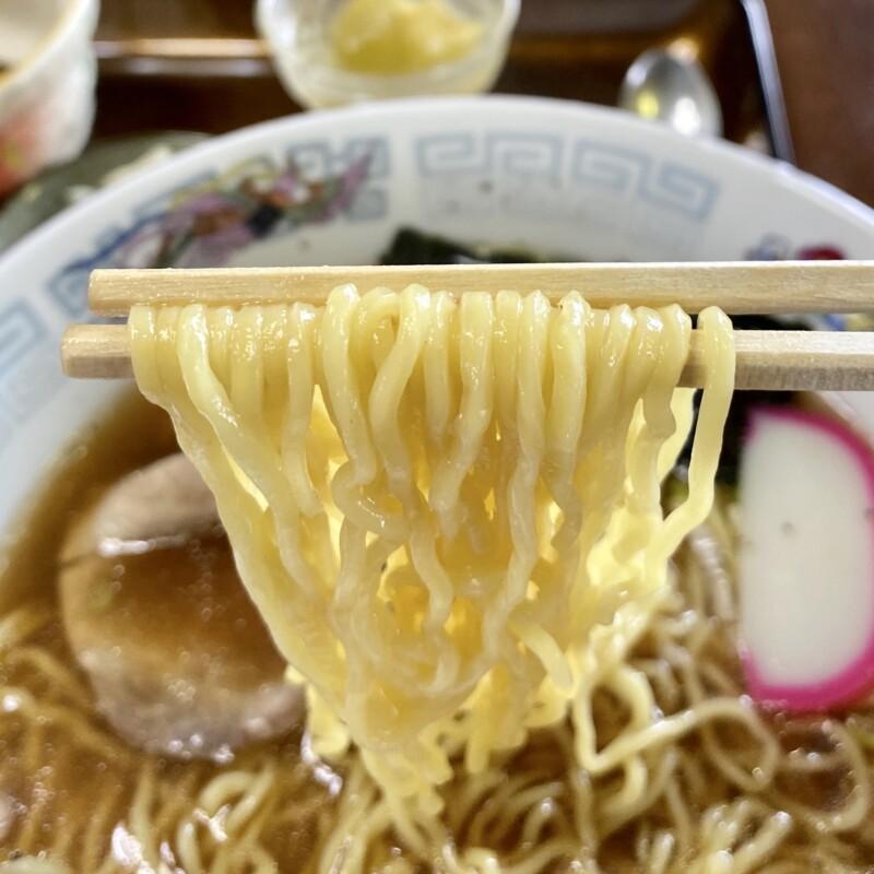 お食事処庵 いおり 秋田県大仙市四ツ屋 半チャーハンラーメンセット炒飯 中華そば 麺