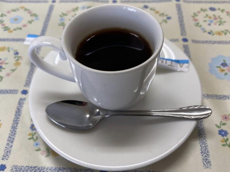 レストラン真珠 真珠食堂 秋田県能代市二ツ井町 スタミナ冷しラーメン 辛付け麺 辛口つけめん コーヒー