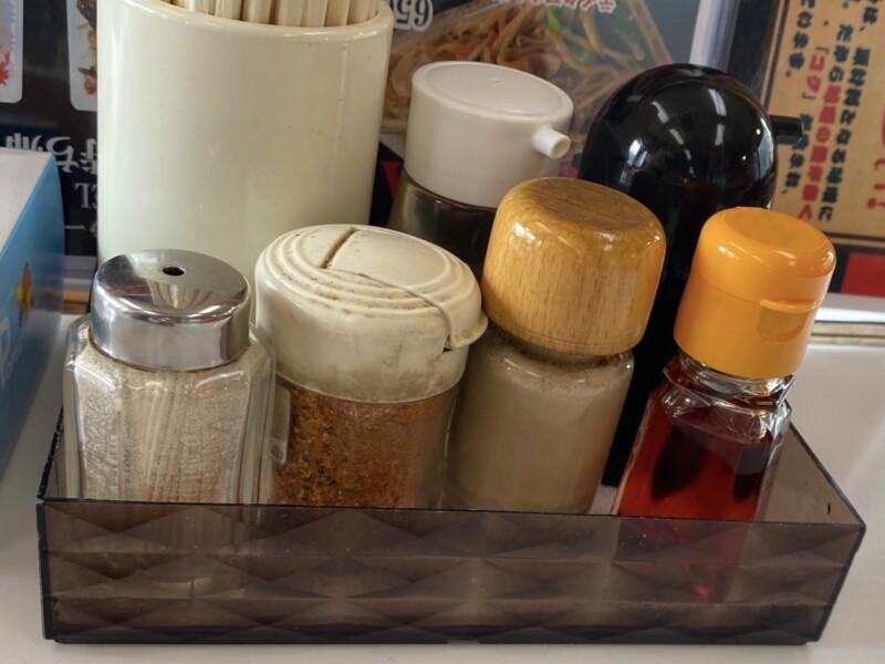 ラーメンとん太 湯沢店 秋田県湯沢市桜通り 特製つけ麺 味噌 味変 調味料