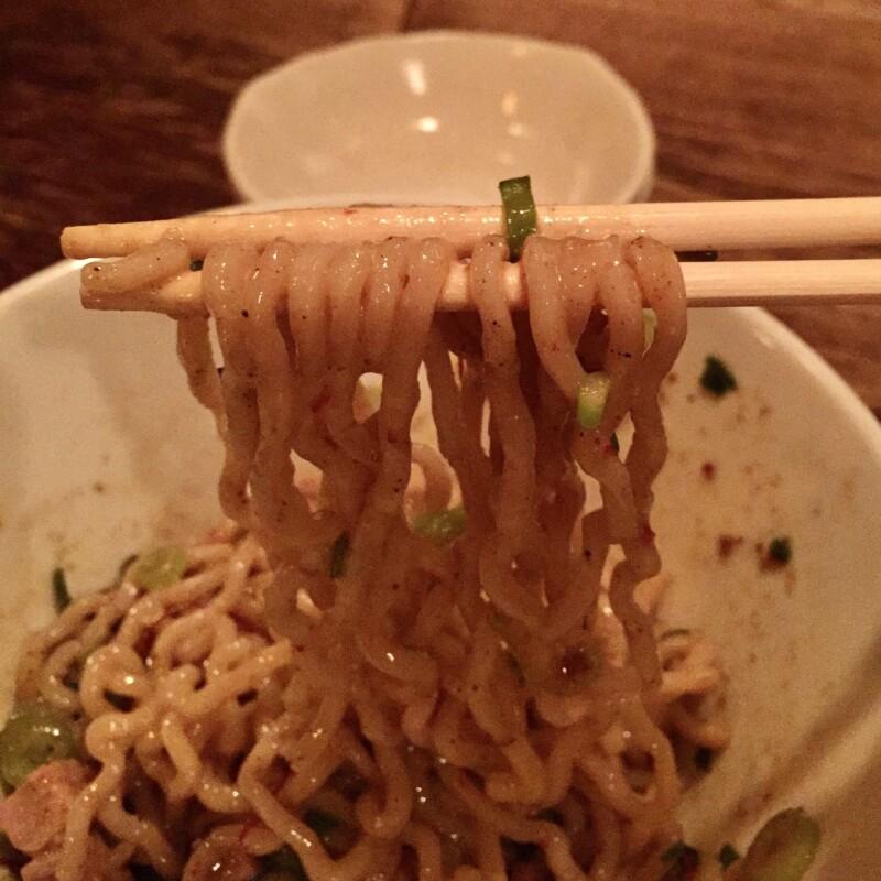 BAR JAH ジャー 秋田県秋田市大町 煮干しマゼソバ 浅草 開化楼 麺