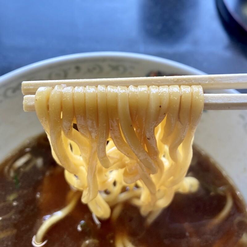 らーめん萬亀 ばんき 秋田県秋田市山王新町 あっさり正油 醤油ラーメン 自家製麺