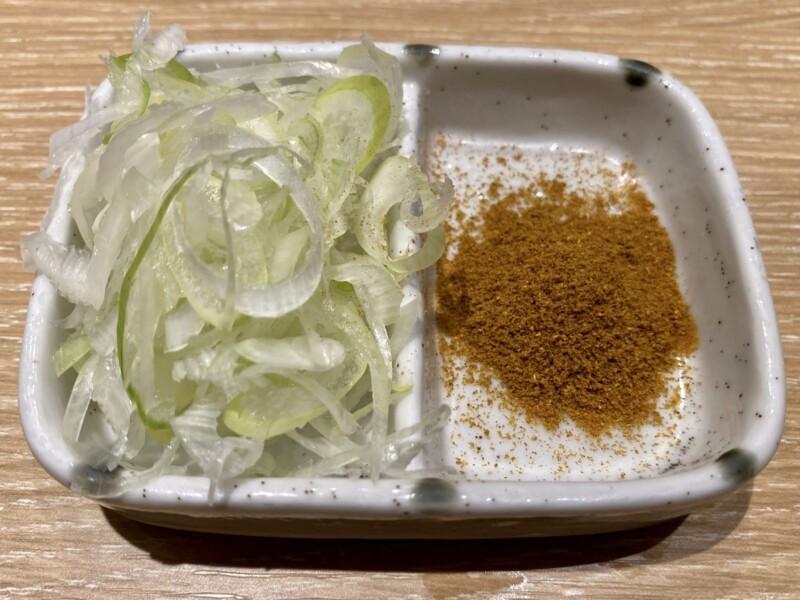 つけ麺 和-KAZU-(かず) 仙台広瀬通店 宮城県仙台市青葉区本町 カレーつけ麺 並盛 具