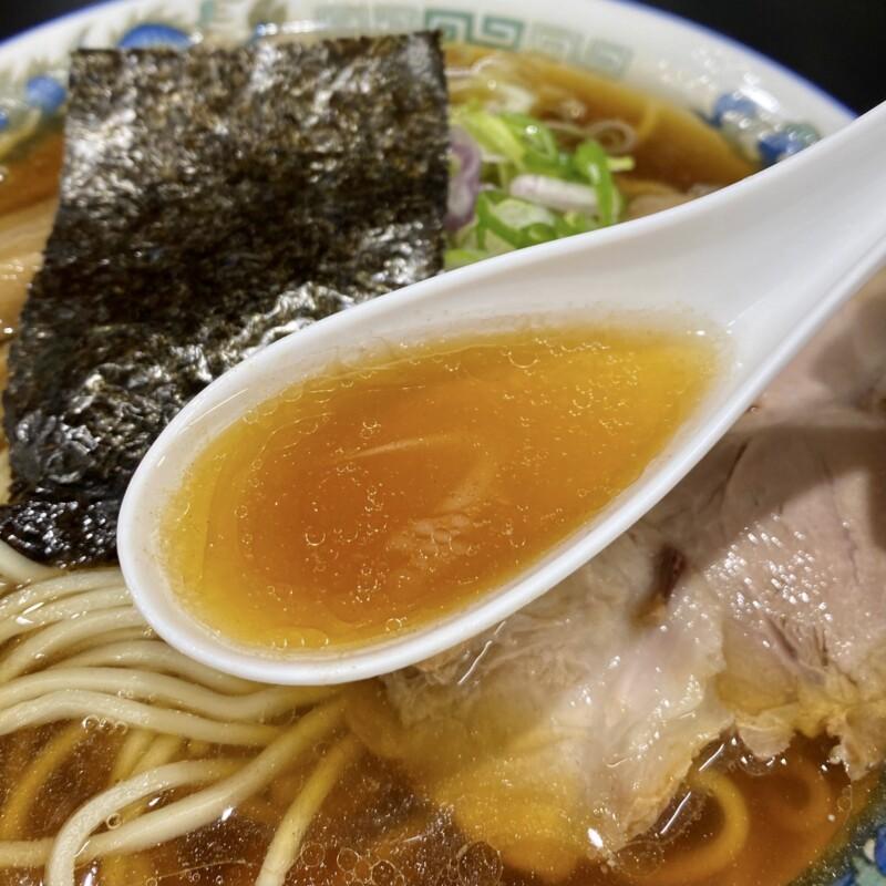 龍横健本店 一見お断り 聚楽亭 じゅらくてい 山形県最上郡金山町 煮干しラーメン スープ