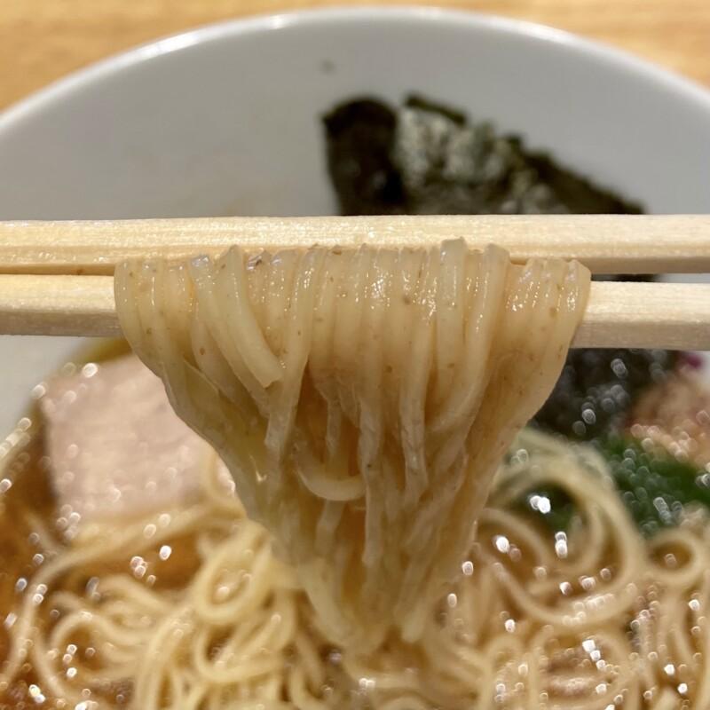 ラーメン シロクロ SHIROKURO 秋田県秋田市八橋 醤油ラーメン 村上朝日製麺