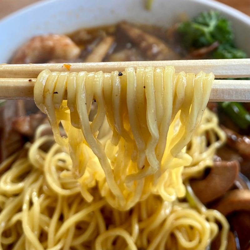 中国料理 盛 さかり 秋田県秋田市八橋 蝦腰湯麺 エビ豚マメめん 麺