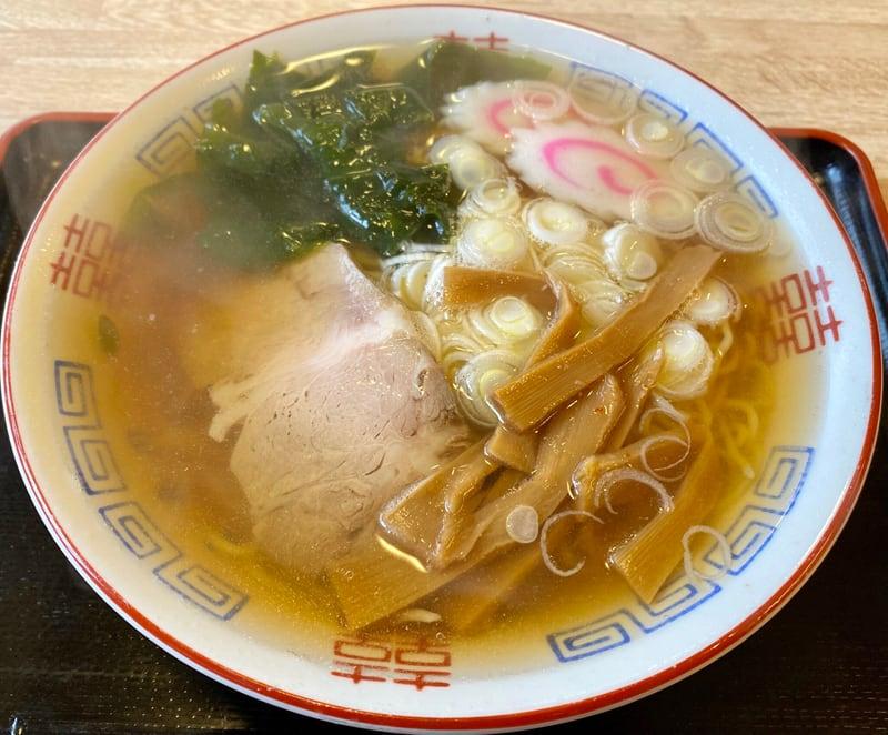 亀寿司食堂 かめずししょくどう 秋田県男鹿市北浦 醤油ラーメン