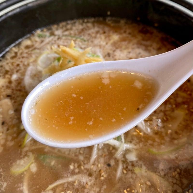 鐵鍋らーめん 梅正屋 秋田県大館市中山 梅ちゃん 正油梅味ラーメン スープ