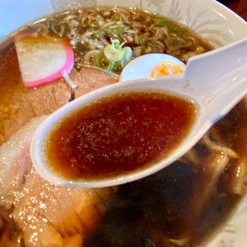 食堂 しょうこ しょう子 山形県最上郡金山町 ブラックラーメン スープ