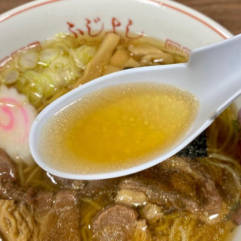 ふじよし 秋田県北秋田市花園町 肉ラーメン 馬肉ラーメン スープ