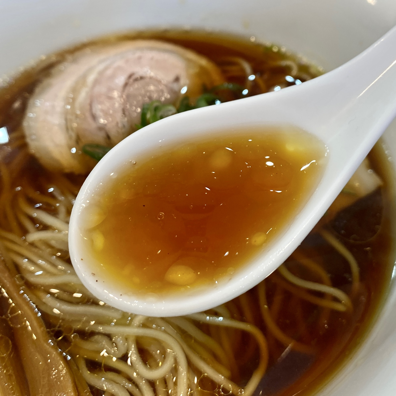柳麺多むら 能代本店 秋田県能代市中柳 醤油ラーメン スープ