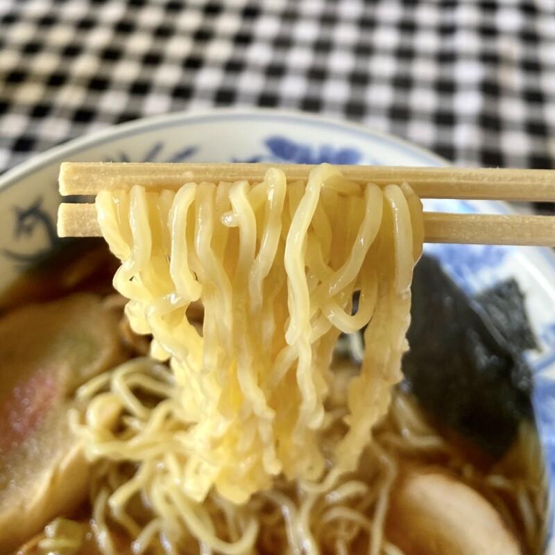 客人 まろうど 秋田県能代市柳町 中華そば 麺