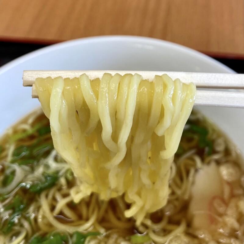 陽気な母さんの店 秋田県大館市曲田 あっさり和風ラーメン 醤油ラーメン 麺