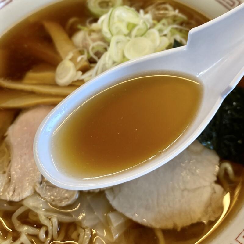 酒田ラーメン 照月 しょうげつ 山形県酒田市本町 醤油ラーメン ワンタンメン スープ