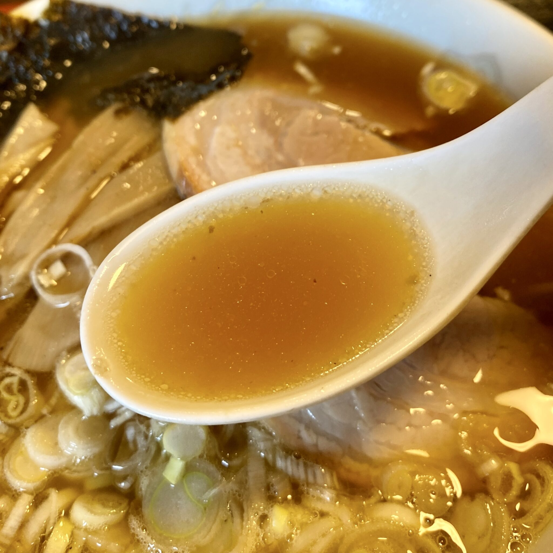 居酒や いずみ屋 秋田県秋田市泉中央 中華そば ラーメン スープ